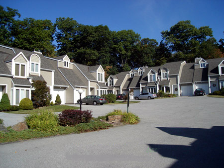 Spring pond townhouses in ossining ny